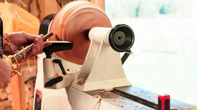 Best Wood Lathes for Beginners