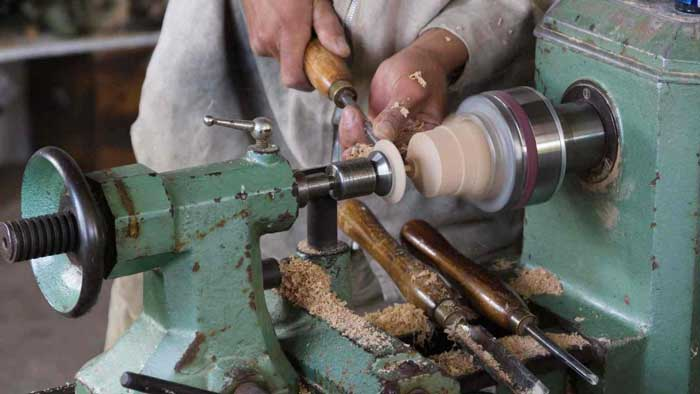 Wood Lathes for Beginners