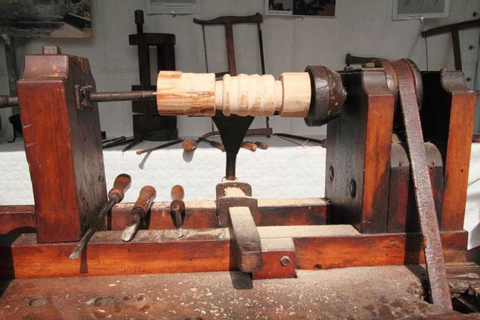 How to Setup Your Wood Lathe Machine