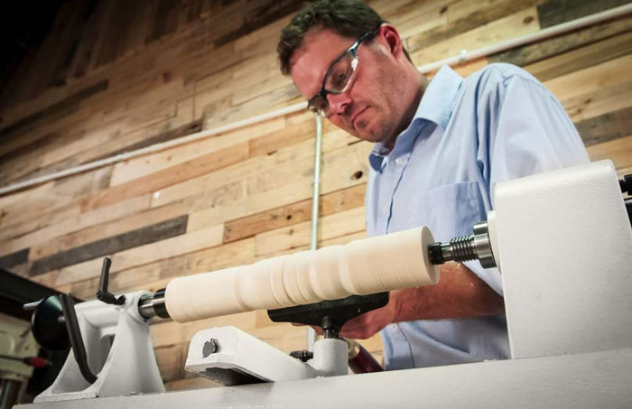 Use a Wood Lathe for Beginners