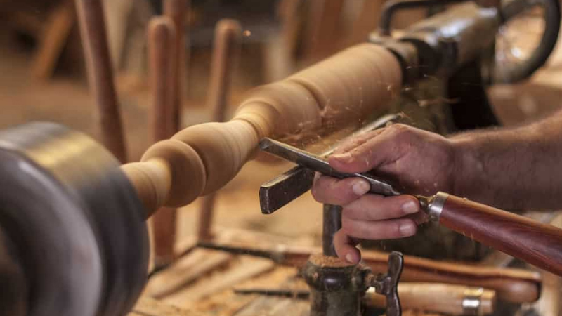 Woodworking & Wood Turning Projects Using a Wood Lathe